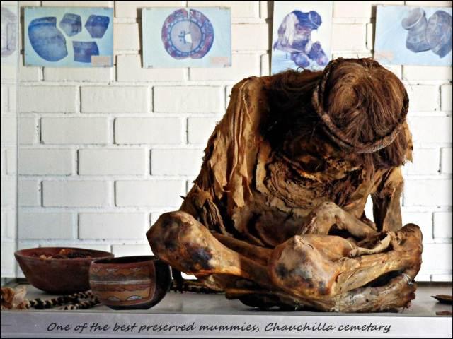 54 - Mummies in desert (Large)