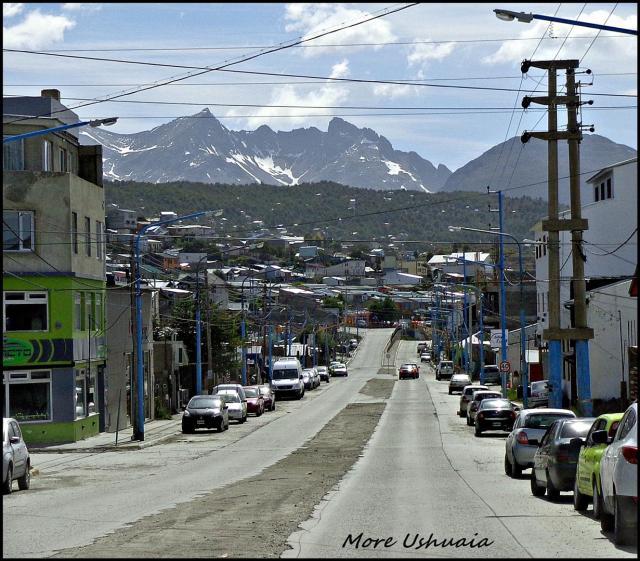 175 - Ushuaia (Large)