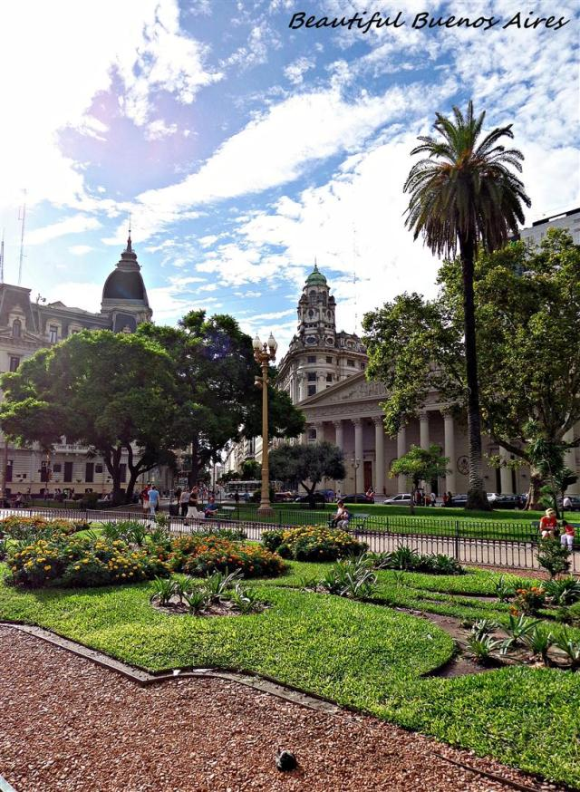 214 - Beautiful Buenos Aires (Large)